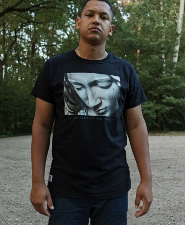 TEE ARROGANT PIETA BLACK
