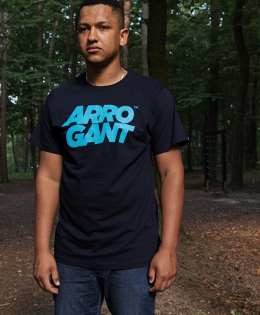 TEE ARROGANT TM NAVY BLUE